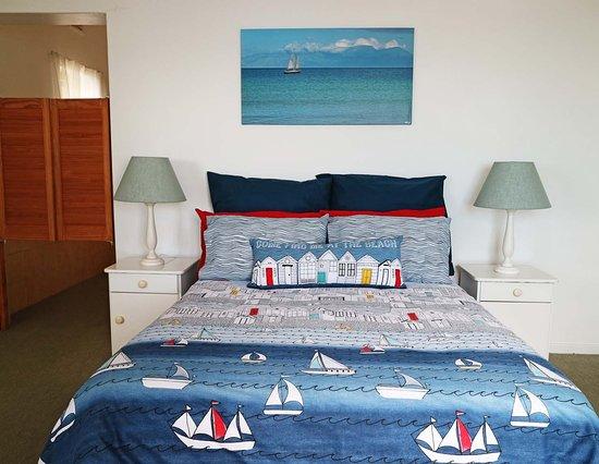 Sunny Cove Manor: Hangklip turret room
