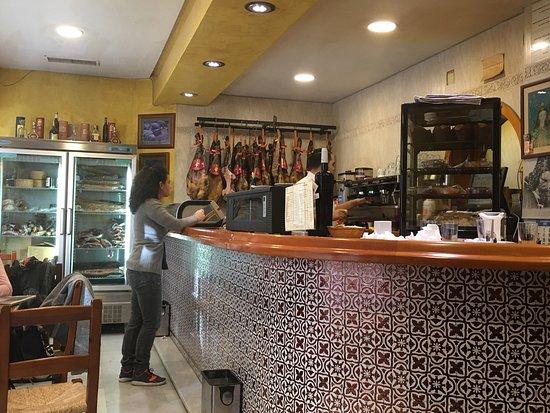 restaurante casa ruiz en sevilla con cocina mediterr nea