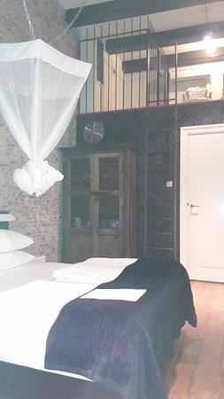Mauro Mansion Photo