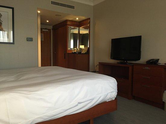 โรงแรมฮิลตัน เบลฟาสท์: photo0.jpg