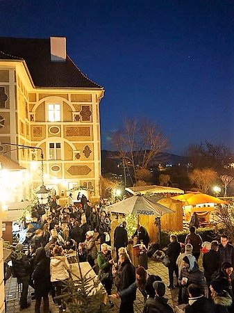 Zeltweg, Austria: Farracher Adventmarkt