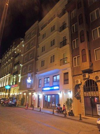 Obraz Raymond Blue Hotel