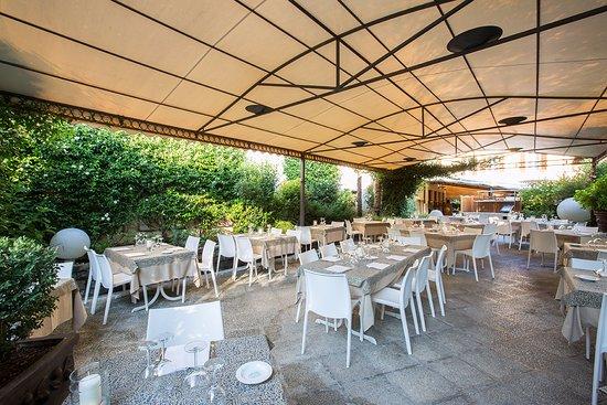 Giardino Esterno Picture Of Giardino Ristorante Pizzeria