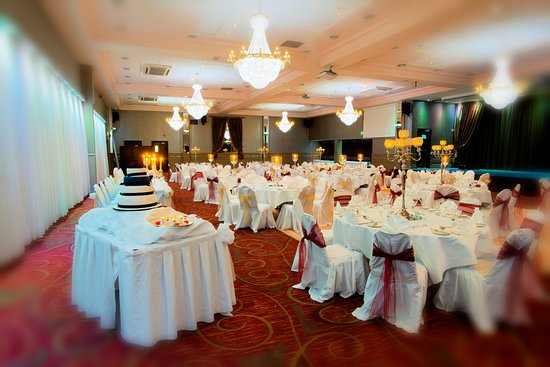 Ennis, Irlanda: Weddings