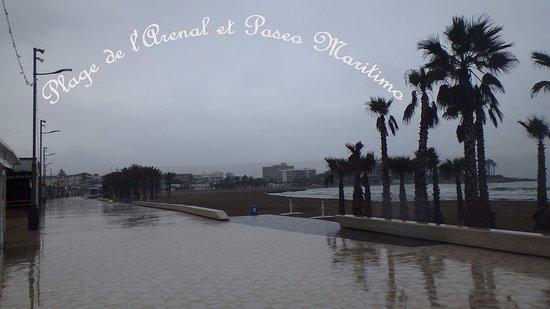 Arenal Promenade : Plage de l'Arenal et Paseo Maritimo sous la pluie