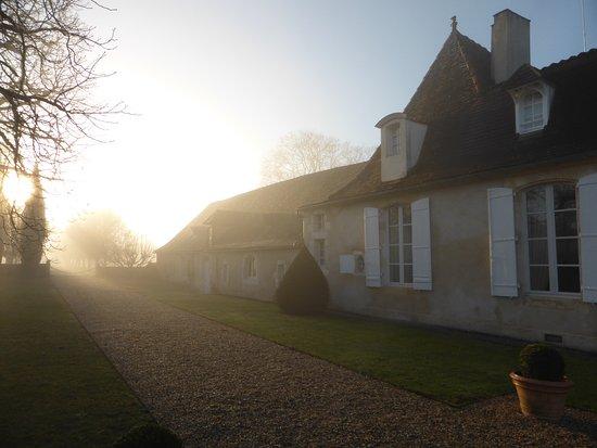 Saint-Nexans, Frankrig: Lever de soleil devant la Chartreuse