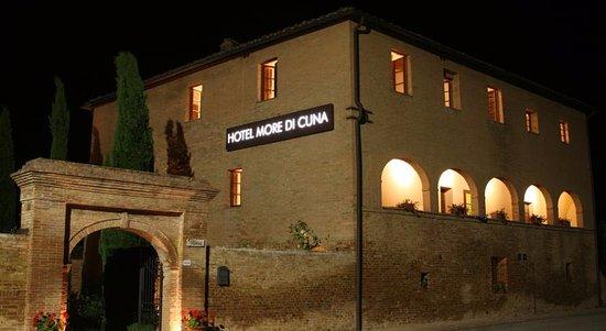 호텔 모레 디 쿠나