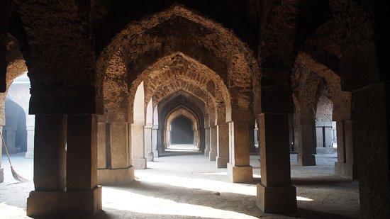 Khirki Masjid: inside the masjid