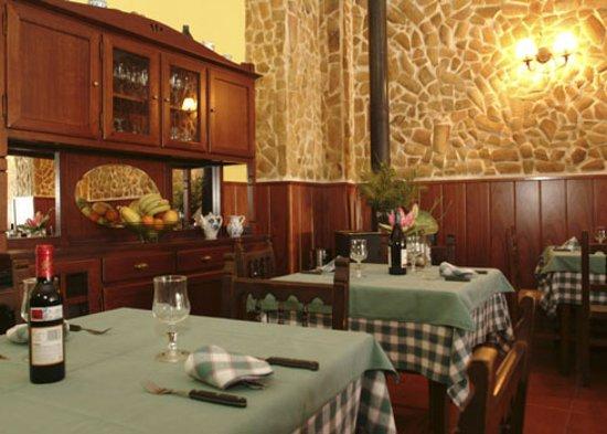 La Piedra del Mediodia: Restaurante Sorni