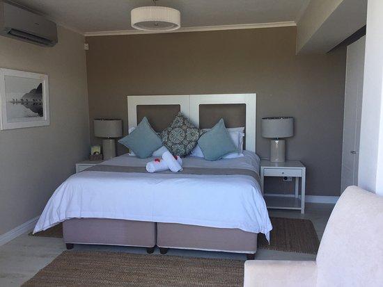 The Robberg Beach Lodge: photo4.jpg