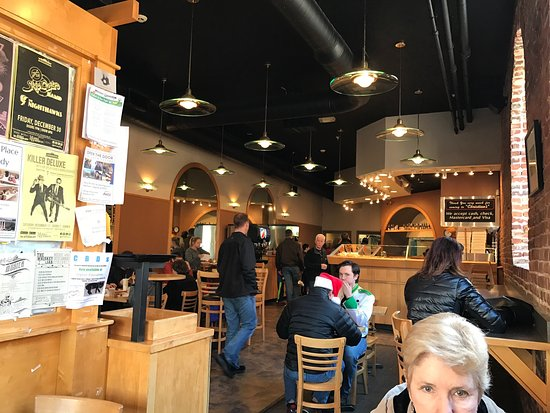 Christian's Pizza : Lunch