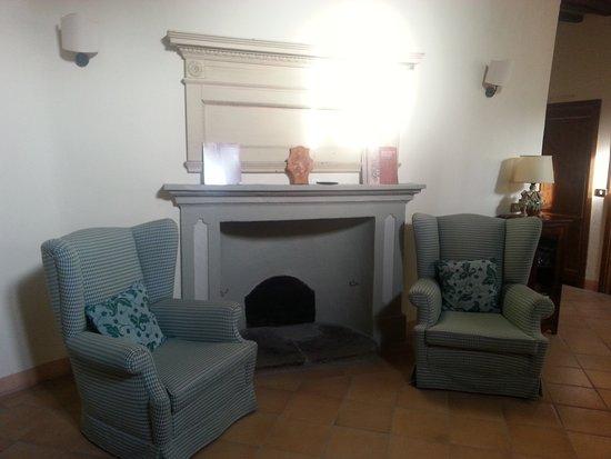 Locanda Petrella: sala lettura
