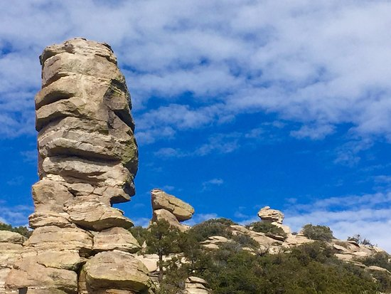 Mt. Lemmon Scenic Byway: Awesome rock formation