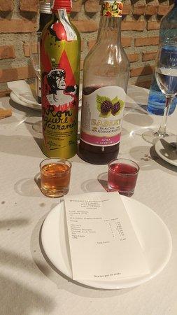 Durcal, Spain: Cuenta más chupitos