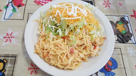 Lamar, AR: Food is always great. Today's lunch special was Chicken Spagetti with salad and drink for $5.95.