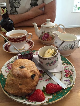 Rosie Lea Tea House & Bakery: Yummy cream tea