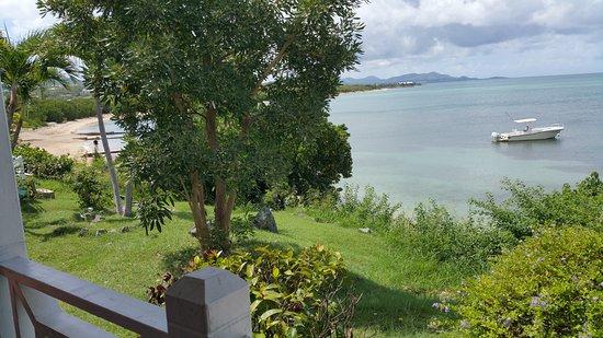 Chenay Bay Beach Resort: photo from the veranda of our beachfront cabana