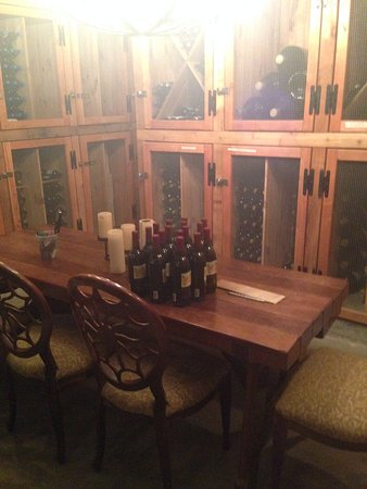 Peconic, Estado de Nueva York: Private Tasting room in Cellar