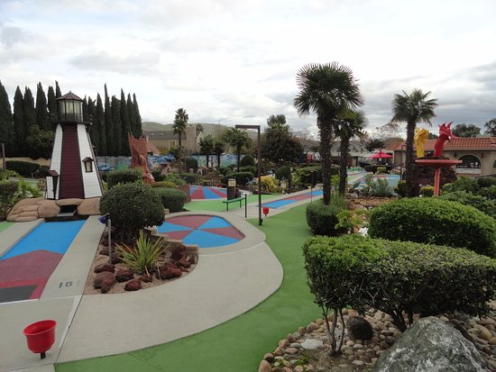 A Sunnyvale treasure! We go at least x per month just to get our puttputt fix so I can't comment on the arcade. My 4 year old son never tires of it and it's good clean outdoor fun for at /5().