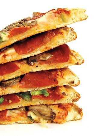 Red Boy Pizza & Restaurant Ignacio: Ready for a slice?