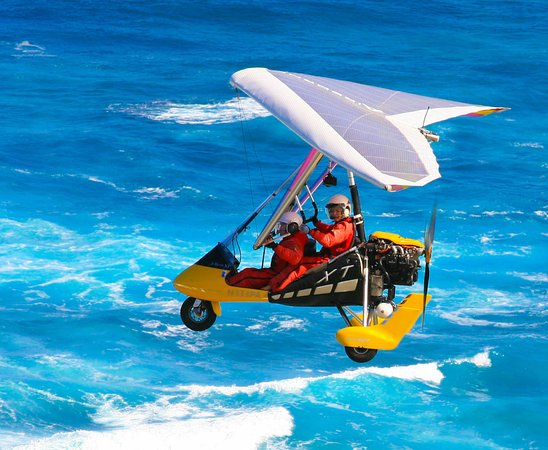 Paradise Air: Soaring over the North Shore waves