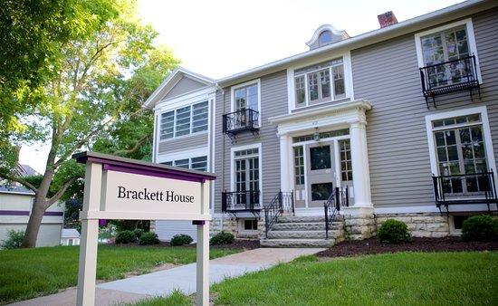 Brackett House Bed and Breakfast
