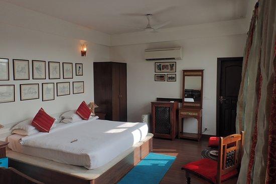 Shanti Home: Oh Calcutta!