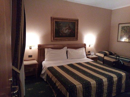 Hotel Colonna : Habitación triple
