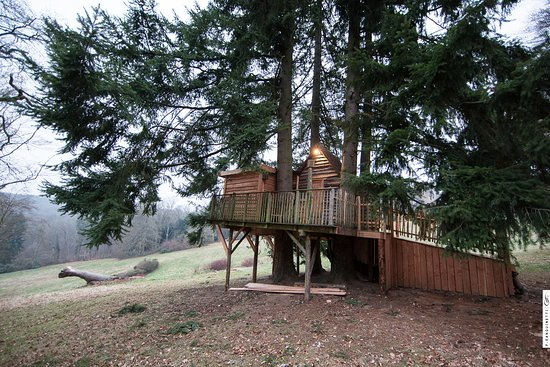 exterior foto van chateau de la poste assesse tripadvisor. Black Bedroom Furniture Sets. Home Design Ideas