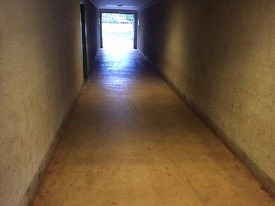 Inn at Schofield Barracks: Prison hallways