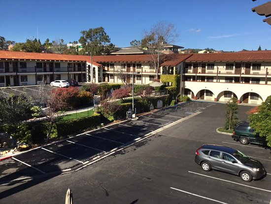 Arroyo Grande, CA: The view from our 3rd story room