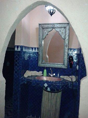 Hotel Kasbah Mohayut: Baño