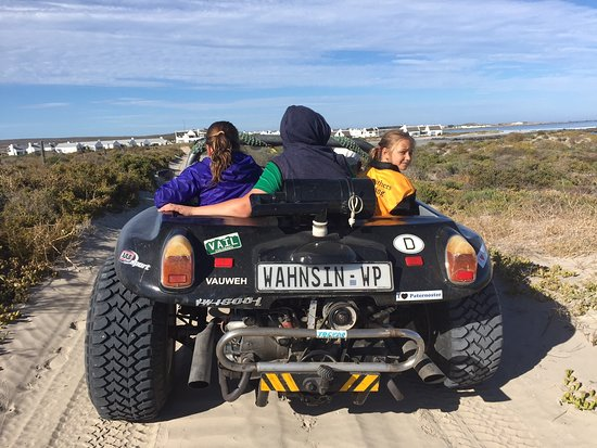 Farr Out Guesthouse : Beach Buggy Tour with our host Deon