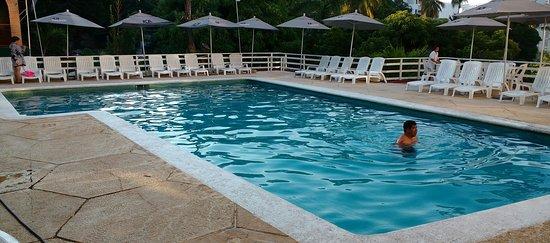 Real Bananas Hotel  U0026 Villas