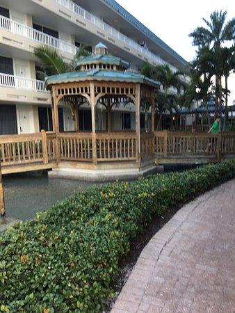 ليدو بيتش ريزورت: Lido Beach Resort