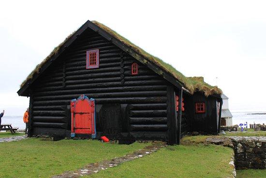 Isole Fær Øer: Kirkjubø