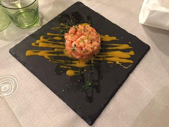 La Pescheria : Antipasto di Salmone e Mango