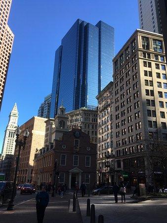 Hampton Inn & Suites Boston Crosstown Center: photo0.jpg