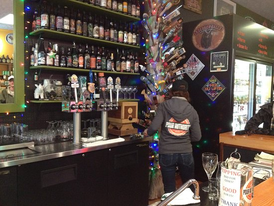 Sandpoint, ID: Draft and chilled bottles/cans