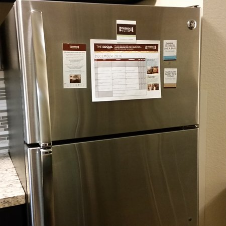 Altoona, WI: Really NICE large Full-size Refrigerator