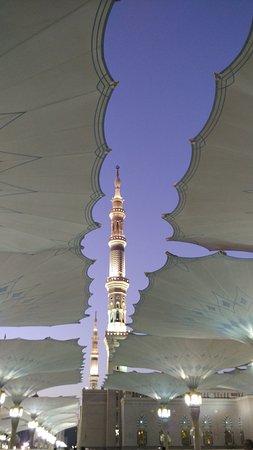 Al Madinah Province, Saudi-Arabien: Masjid Nabawi scenery in the morning