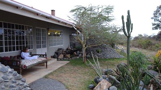 Hatari Lodge ภาพ