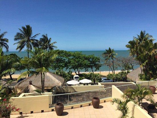 Sea Change Beachfront Apartments-billede