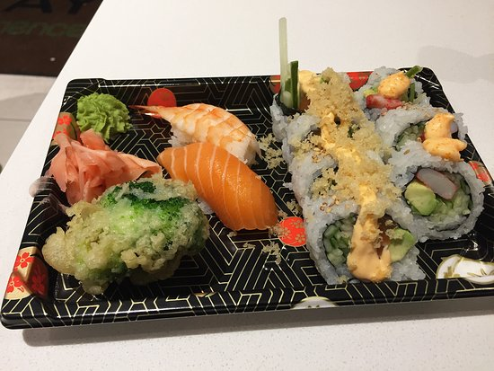 Maki My Way: The assorted sushi - good value at about $15 - hard to find in this area
