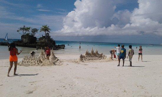 Willy's Beach Hotel: 20161216_111350_large.jpg