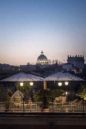 "Hotel Ponte Sisto: AUTUMN SUNSET OVER OUR ROOFTOP TERRACE ""DOLCE VITA"""