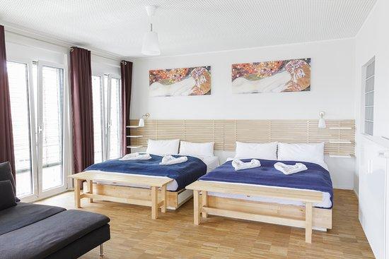 Ubernacht Hostel