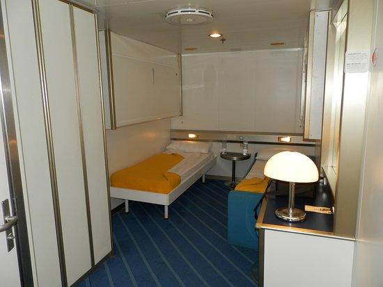 la chambre photo de corsica ferries bastia tripadvisor. Black Bedroom Furniture Sets. Home Design Ideas