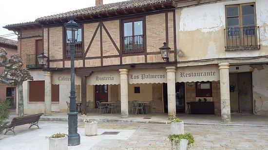 local historico, antiguo hospital de peregrinos del camino de Santiago, en centro de Fromista