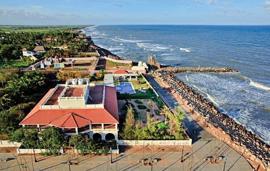 Neemrana's Bungalow on the Beach: A stunning arial view shows the torpical foliage by the Bay of Bengal